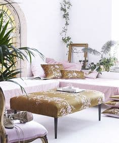 Chinoiserie gold/blush 30 x 50 velvet cushion
